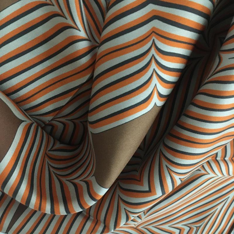 Hodvábna šatka Kaleidoscope Brown