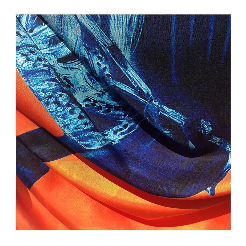 Hodvábna šatka Rocinante - detail