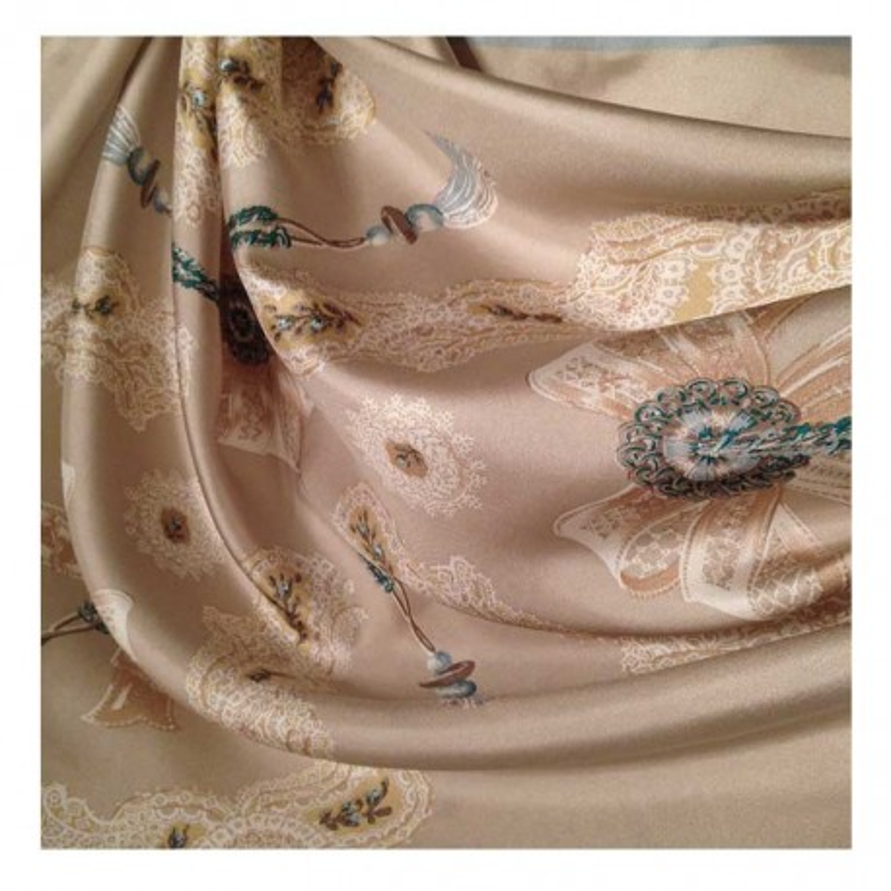 Hodvábna šatka Pompadour - detail