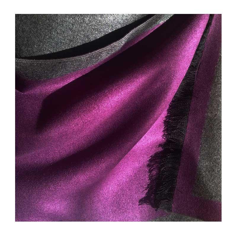Hodvábny šál Deep Purple - detail